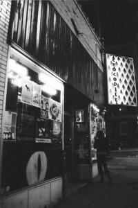 04-Crocodile Cafe