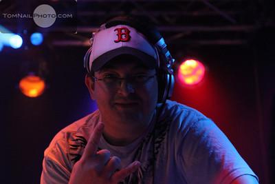 open mic songwriter dubstep 264