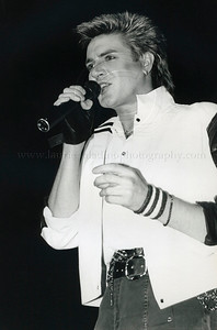 DuranDuran_lp_1002 Simon LeBon, lead singer of English pop group Duran Duran performs live in concert at sold-out Madison Square Garden Show 04/13/2005. Photo ©Laurie Paladino 1985