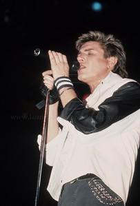 DuranDuran_lp_1012 Lead singer of English pop group Duran Duran, Simon LeBon, performs live in concert at Madison Square Garden 1985 Photo ©Laurie Paladino