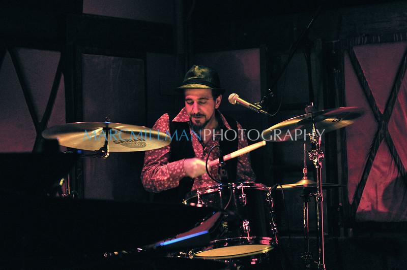 Rich<br /> <br /> Early Elton @ Rockwood Music Hall (Fri 1/14/11)