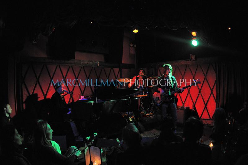 Early Elton @ Rockwood Music Hall (Fri 1/14/11)