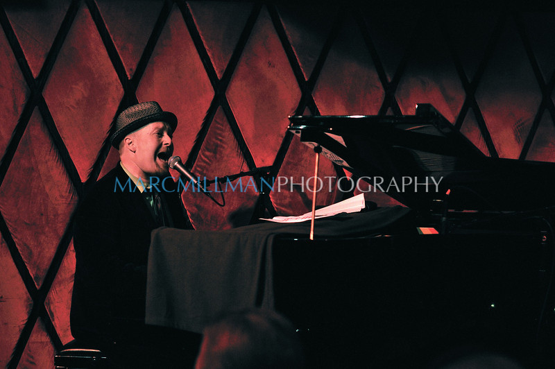 Burn Down The Mission<br /> <br /> Early Elton @ Rockwood Music Hall (Fri 1/14/11)