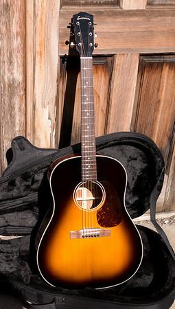 Eastman E10SS Slope Shoulder Guitar