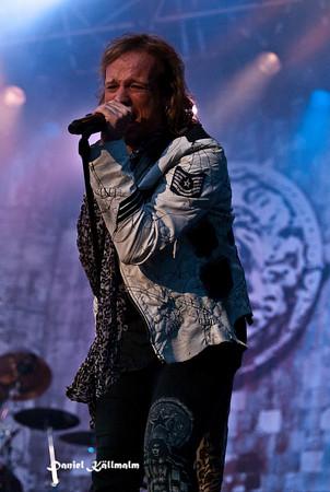 Tobi the singer