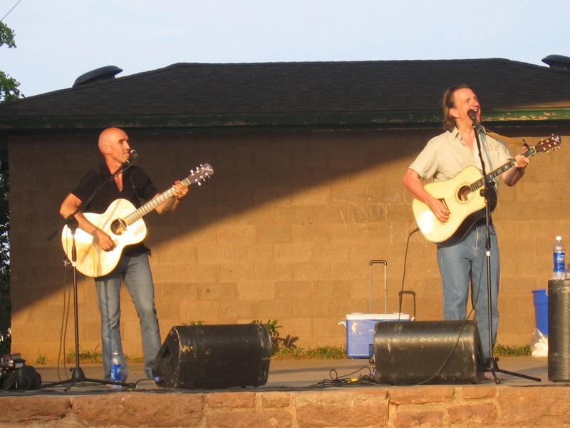 Don & Ellis in the blazing sun.