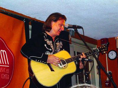 Ellis Paul at Passim - Oct. 28, 2006 (Monica's)