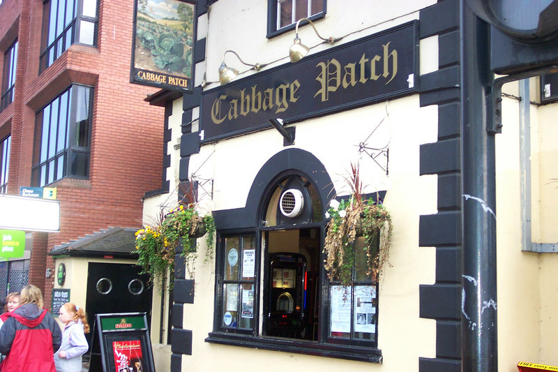 The Twickenham Folk Club is inside The Cabbage Patch pub.