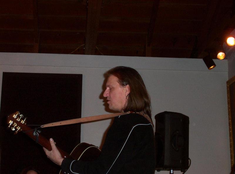 Ellis performing at the San Pedro chapel in Tucson, AZ - March 3, 2007