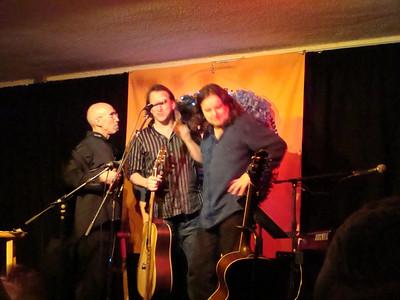Ellis at Passim - 7pm show - Dec. 31, 2008