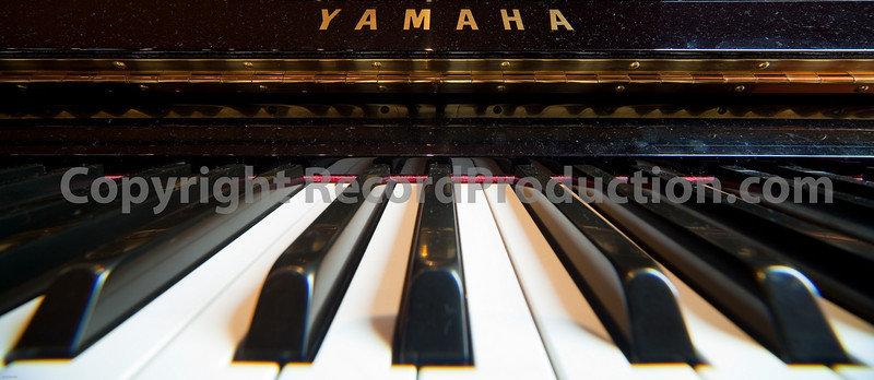 Yamaha piano keyboard wide perspective