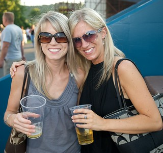 Lauren and Kerri Watson of Loveland at Riverbend for Eric Clapton