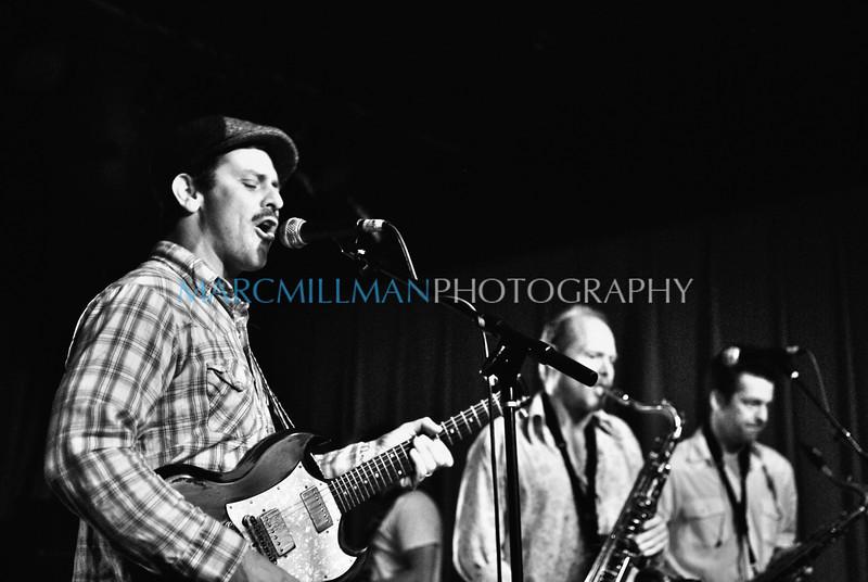 Eric Lindell @ Sullivan Hall (Wed 6/9/10)