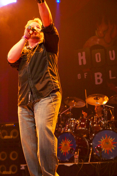 Mid-air drumstick!!