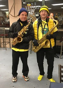 Henry and Taz, getting ready to play at the Smithsonian Chowder House, during Northampton Holiday Stroll, December 9, 2016, a COLD outdoor gig.