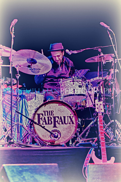 Rich Pagano<br /> <br /> Fab Faux @ Wellmont Theater (Sat 3/12/11)