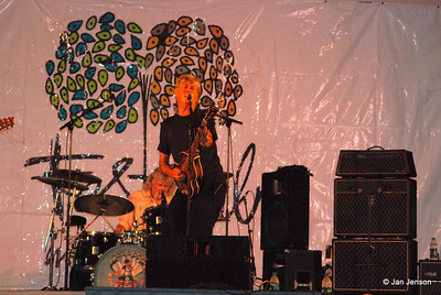 The Spongetones at Festival in the Park, Freedom Park, Charlotte, NC 9-24-2011:   Steve Stoeckel - guitar; Rob Thorne - drums;
