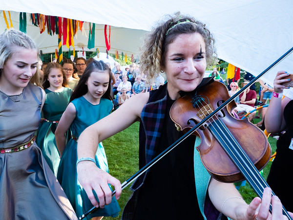 Cambridge Folk Festival 2019 - The Sisters of Elva Hill and Netherhall School dancers