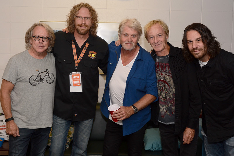 Tom Cochrane - Red Rider with Terry Evans (K97)