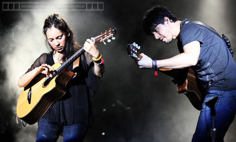 "Rodrigo y Gabriela  Photographer: <a href=""http://www.smacphotography.com"" target=""_wina"">Silvana Macarone</a>  <a href=""http://lifemusicmedia.com"">LIFE MUSIC MEDIA</a>"