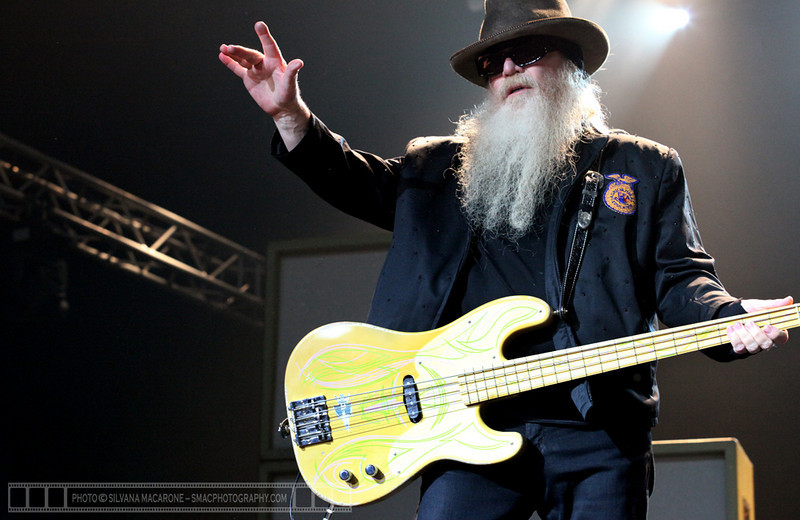 "ZZ Top  Photographer: <a href=""http://www.smacphotography.com"" target=""_wina"">Silvana Macarone</a>  <a href=""http://lifemusicmedia.com"">LIFE MUSIC MEDIA</a>"