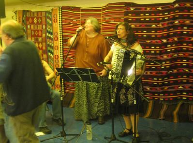 Melinda Hunt & Shirley Johnson singing in the Golden Room