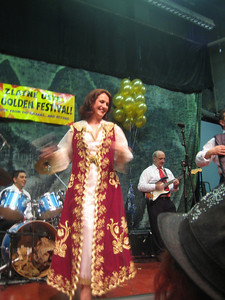 "Merita Halili, ""Queen of Albanian folks songs"", and the Raif Hyseni Band"