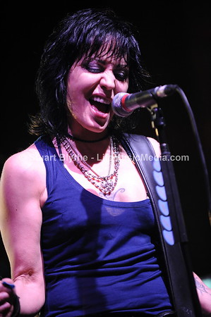 Joan Jett And The Blackhearts  Copyright ©  Stuart Blythe.  --  Brisbane, Australia - 2011
