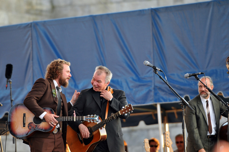 Yim Yames sits in with Prine