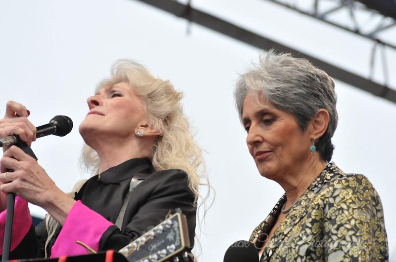 Judy Collins & Joan Baez