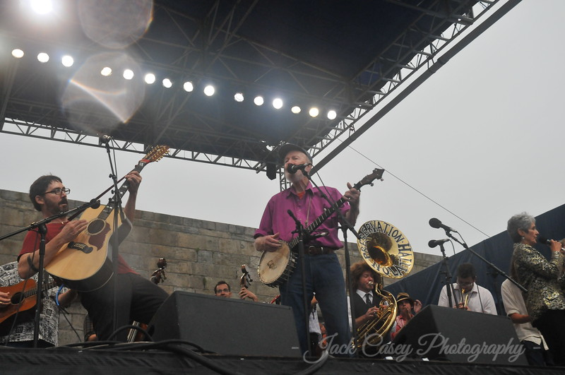 Tao Rodriguez Seeger & Pete Seeger