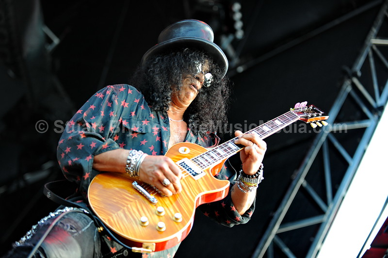 "Slash, Queens Of The Stone Age, 30 Seconds To Mars @ Soundwave Brisbane 2011  Photographer: <a href=""http://stuartblythe.com"" target=""_wina"">Stuart Blythe</a>  <a href=""http://lifemusicmedia.com"">LIFE MUSIC MEDIA</a>"