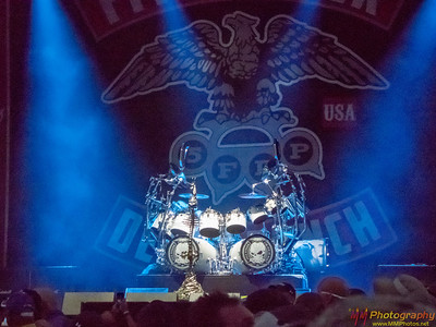 Five Finger Death Punch 003