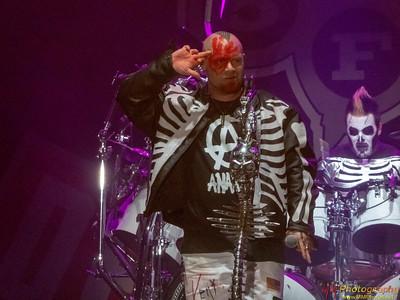 Five Finger Death Punch 022
