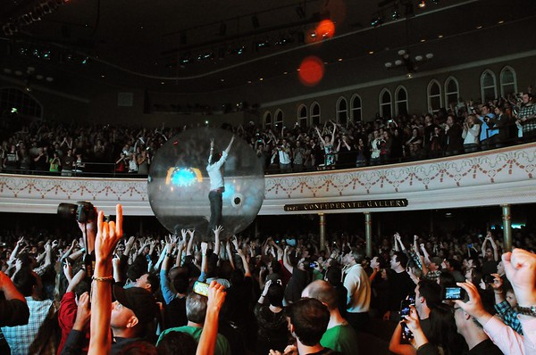 The Flaming Lips,Wayne Coyne,The Ryman Auditorium, Nashville, Tennessee, 2011