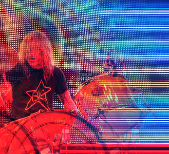 Kliph Scurlock, Flaming Lips Freakout 5. Night 2. January 1, 2012. Oklahoma City, Oklahoma.