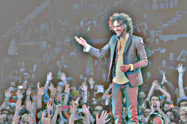 Wayne Coyne, The Flaming Lips, New Years Freakout, 2011.