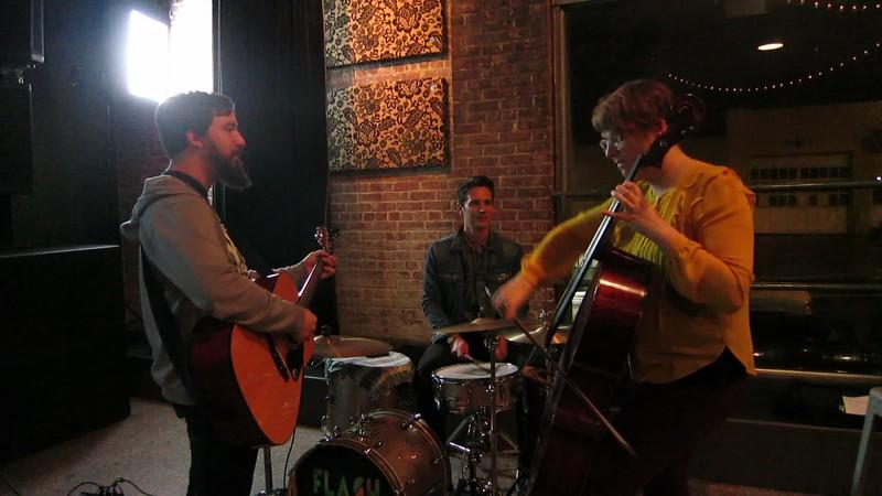 00aFavorite 20170424 (2043) Flash Chorus 07 of 12 - band jamming during break
