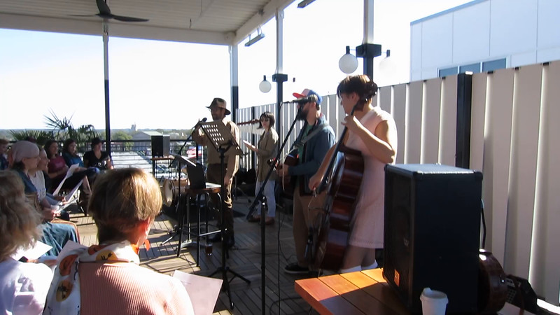 20161029 (1224) Flash Chorus 02 of 18 - working on 'Atmosphere' on roof of The Durham hotel (warm weather)