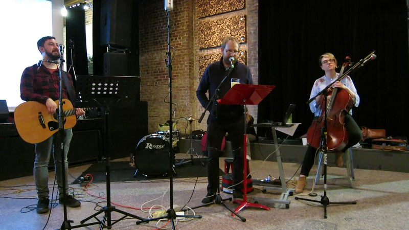 00aFavorite 20180219 (2055) Flash Chorus 09 - choir member Dave had been on D Letterman Show