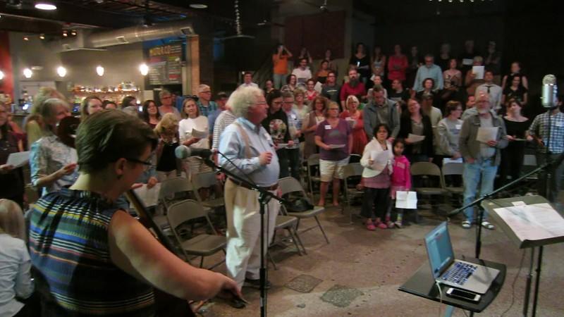 00aFavorite 20171002 (2006) Flash Chorus 04 of 15 - dress rehearsal, 'Hold On', Alabama Shakes