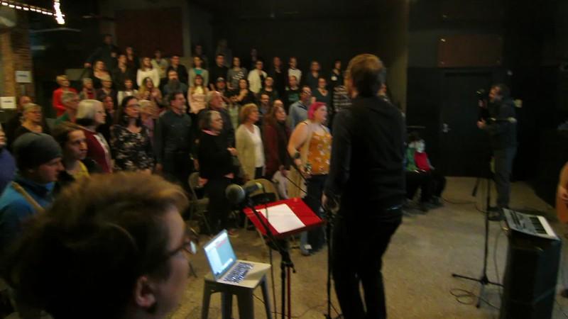 00aFavorite 20180122 (2021) Flash Chorus 09 of 14 - dress rehearsal of 'Kissing the Lipless' (The Shins)