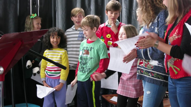 00aFavorite 20181215 (1410) Flash Chorus 15 of 18 - 'the children's choir' in PMcCartney song