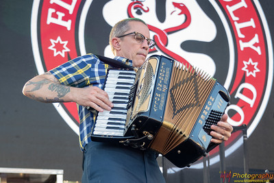 Flogging Molly 009