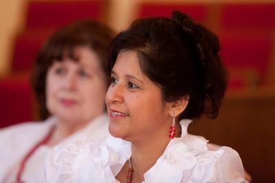 Accompanist Marlene Fernandez