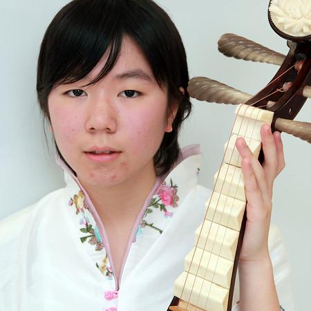 Jane Huang (黃錦荷), pipa
