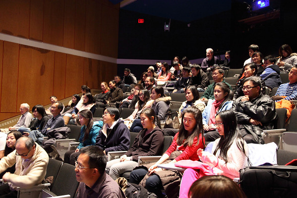 Audiences our Youth Ensemble members 2012-12-01 YaZhi Guo Suona Seminar