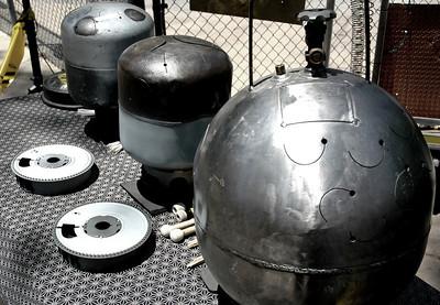 "Tuned LP tanks, butane tank ""Orb"" and 35 mm carousel slide trays"