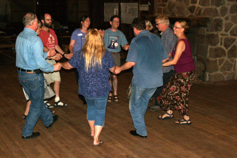 Saturday evening folk jam & dance