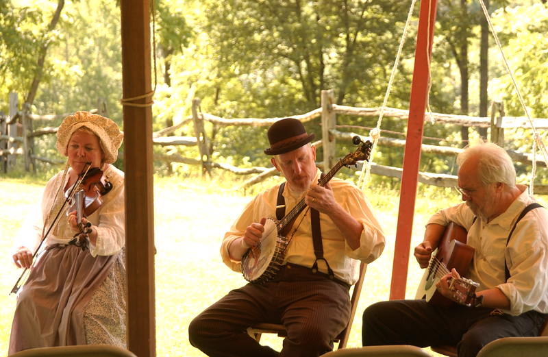 Old-time music with Shea, Stan & Norm